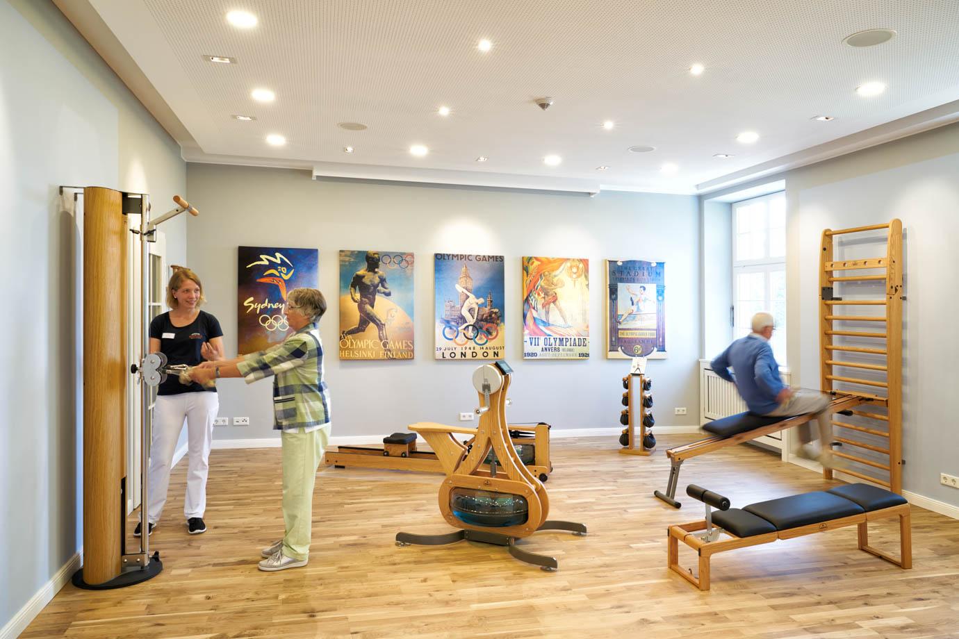 Der Sportsaal bietet viele Trainingsmöglichkeiten
