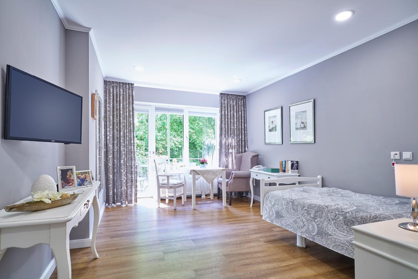 Pflege-Wohnen   Pflege-Apartment mit Terrasse